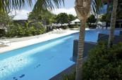 Ke studentskému apartmánu náleží i bazén, Gold Coast Austrálie