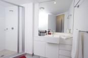Koupelna ve studentském apartmánu, Gold Coast Austrálie