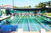 K areálu školy patří také velký venkovní bazén, který studenti mohou využívat, Sun Pacific College, Cairns, Austrálie