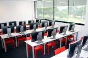 Škola je krásně nově a moderně zařízená, BROWNS Gold Coast Austrálie