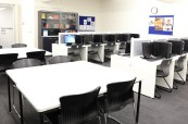 Společné prostory školy Discover English v Melbourne, které mohou studenti společně využívat během studia v Austrálii