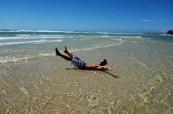Studenti v Sunshine Coast si užívají oceán i veškeré vodní sporty jako je surfing nebo kiteboarding, Lexis Sunshine Coast, Austrálie