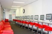 Počítačová učebna, kterou mohou studenti plně využívat, BROWNS Gold Coast Austrálie