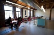 Společné prostory na škole AIT - Academy of Information Technology, Sydney, Austrálie