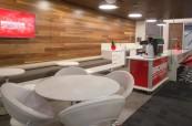 Společné prostory s kavárnou, kde mají studenti kurzu Barista svou praxi, Browns Brisbane, Austrálie