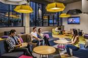 Společné prostory, kde mohou studenti procvičovat angličtinu, Browns Brisbane Austrálie