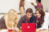 Studenti anglického jazyka na jazykovém kurzu na škole Browns Brisbane Austrálie