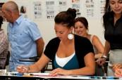 Studenti ve třídě, kde probíhá odborný kurz Managementu, Sterling Business College, Perth