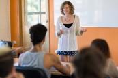 Studenti během výuky anglického jazyka, Lexis Byron Bay, Austrálie