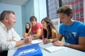 Výuka anglického jazyka je pod vedením zkušených lektorů zábava, SELC City, Austrálie